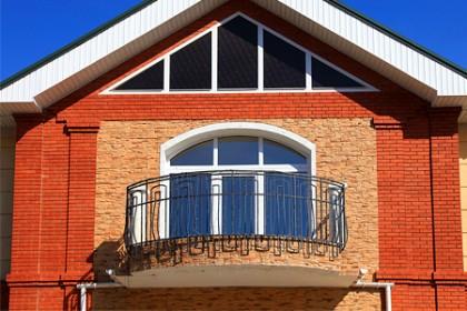 1372532299_balkon-svoimi-rukami