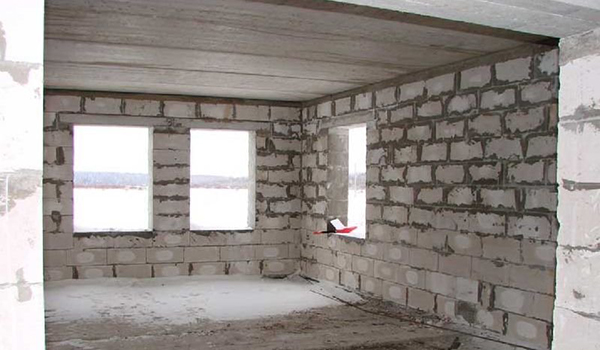 Подготовка каменных внутренних стен под отделку