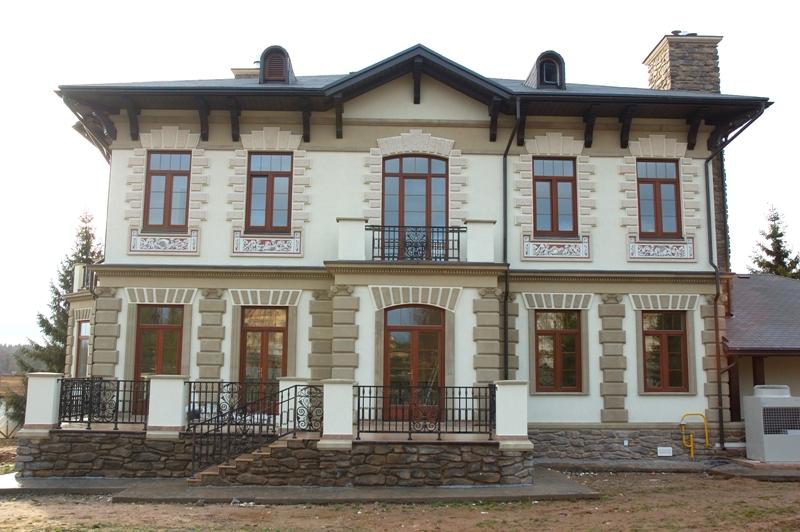 Фасадный декор из искусственного камня