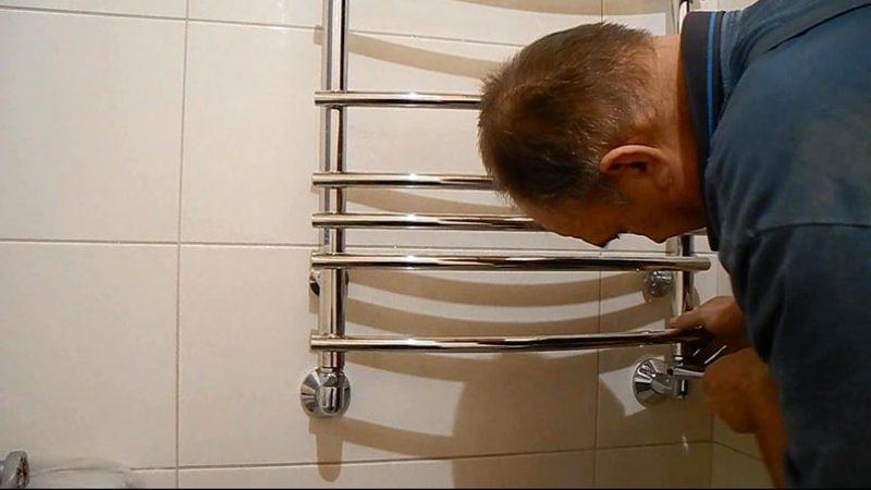 Выбор и установка полотенцесушителя