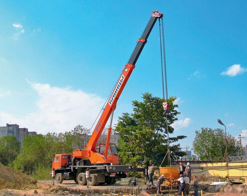 Требования к размещению грузоподъемных кранов и других строительных машин и механизмов