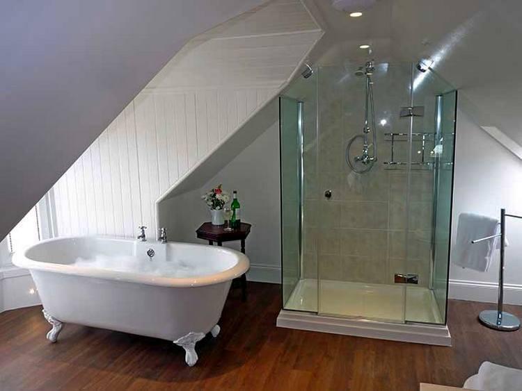 Что выбрать: ванну или душевую кабинку