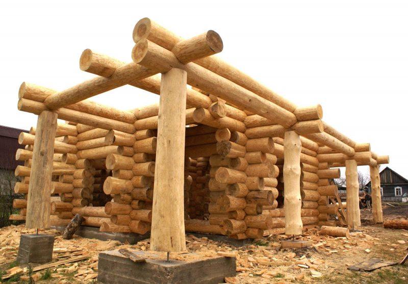 Возведение стен деревянного сруба