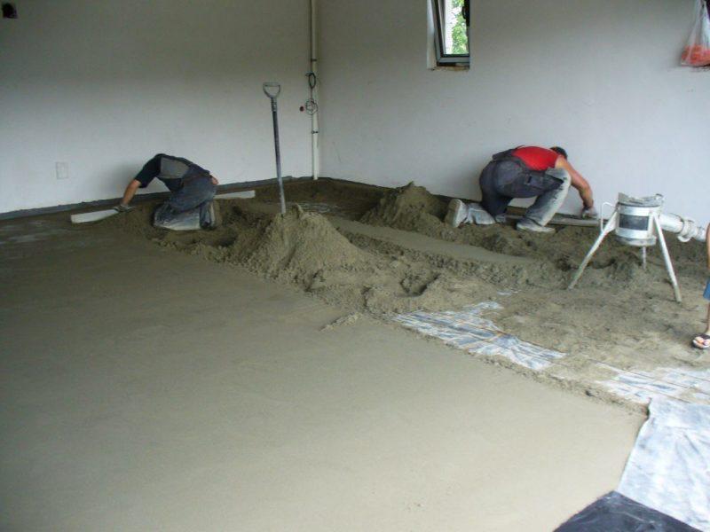Полусухая цементная стяжка