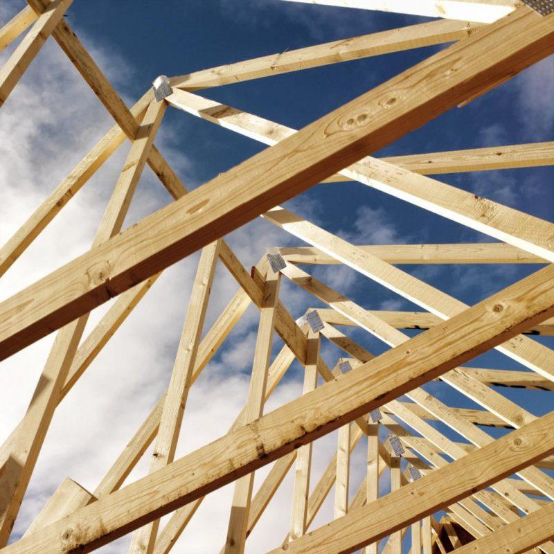 Стропильная система крыши при строительстве дачного дома