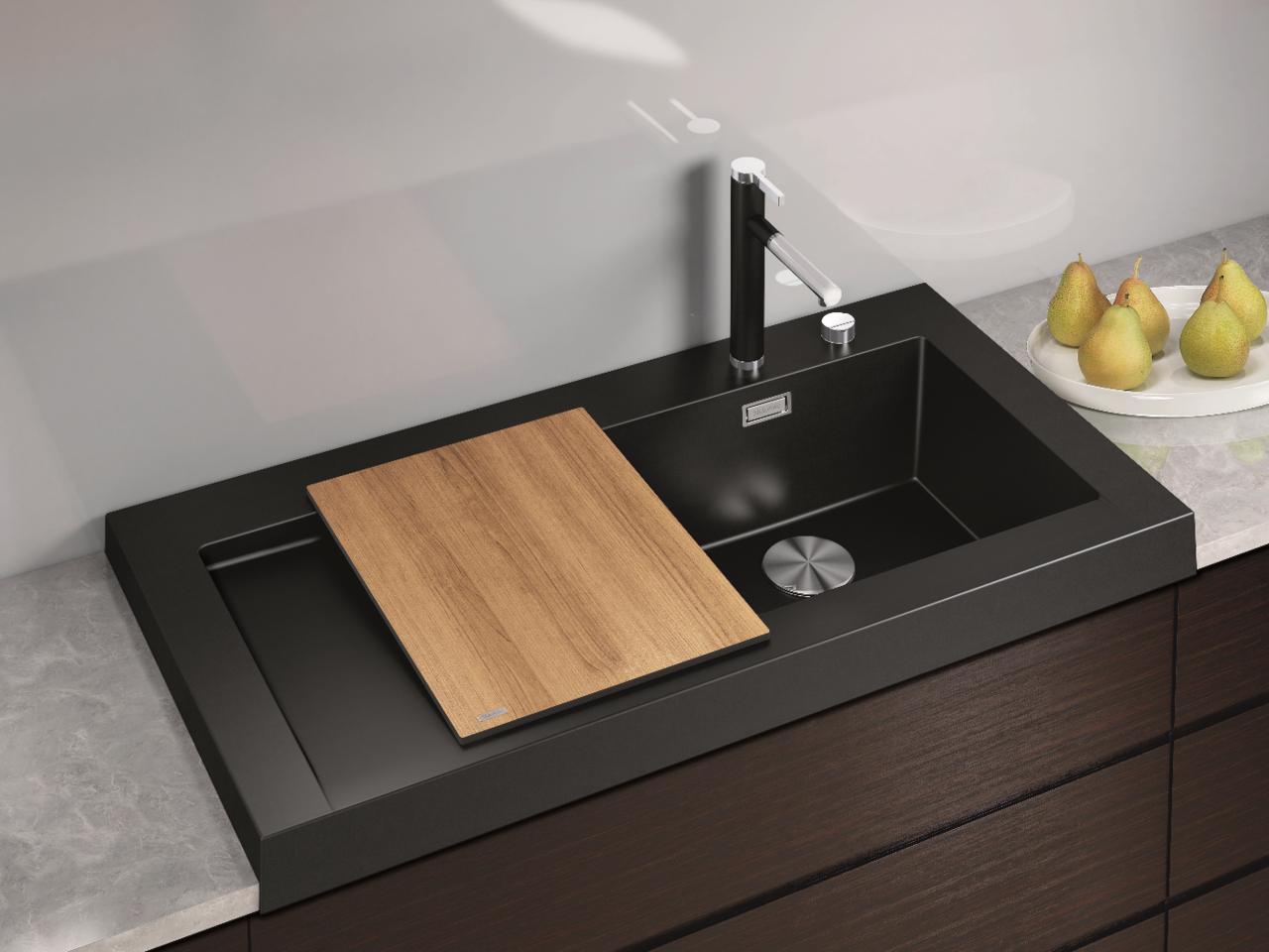 Кухонная мойка: определяемся с материалом