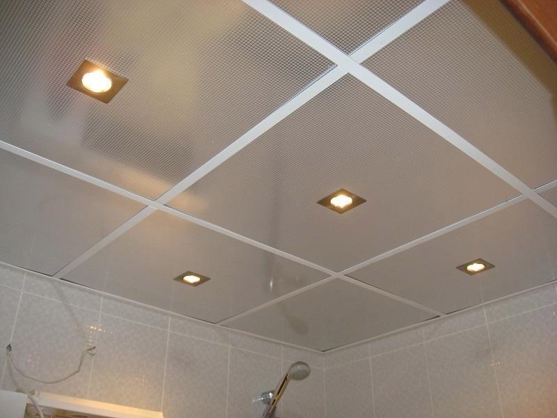 Подшивной потолок в ванной