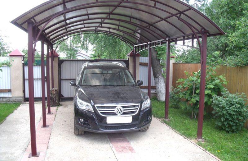 Парковка для авто на дачном участке