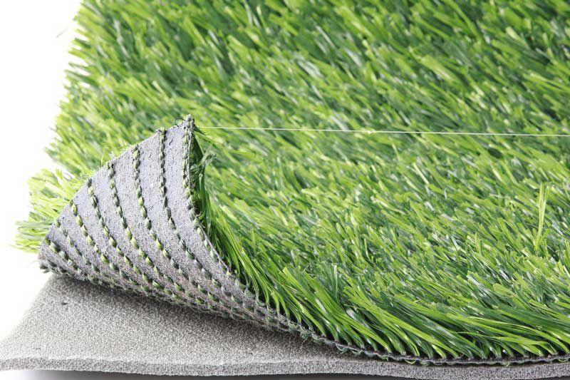 Синтетический газон: особенности