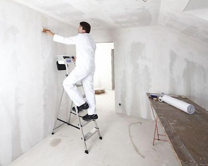 Как подготовить стену к оклейке обоями