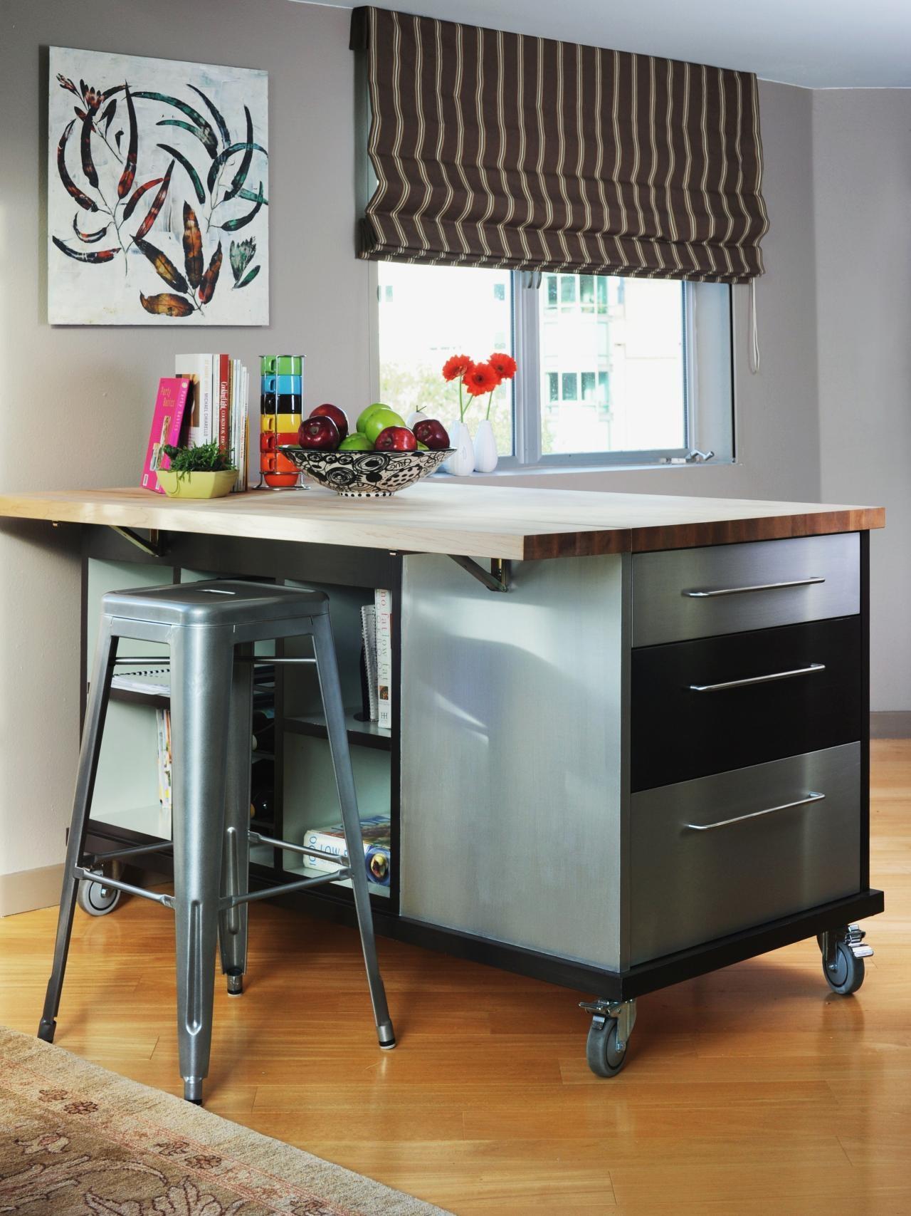 Мобильный кухонный остров - практичный и удобный элемент кухонного интерьера