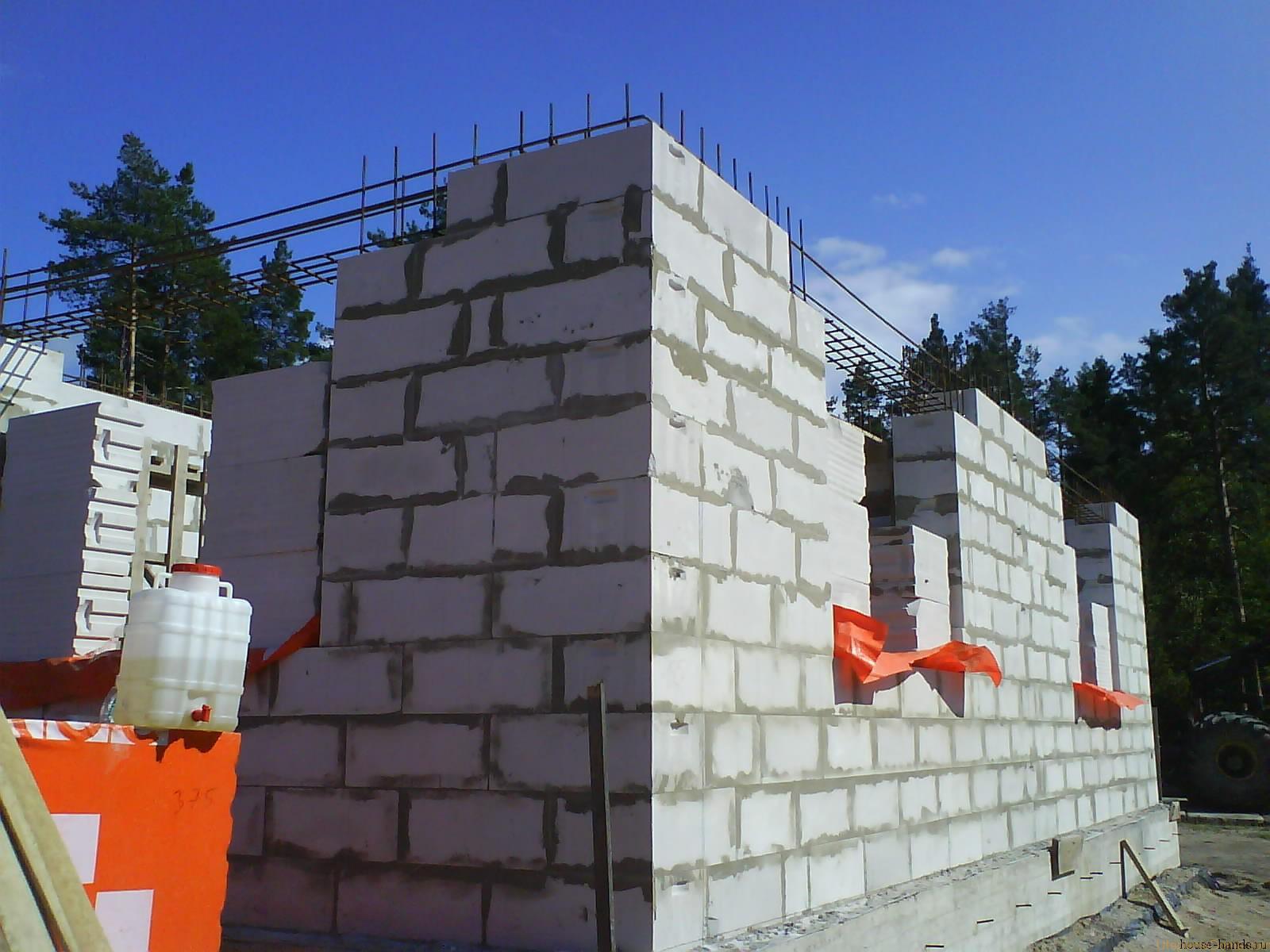 Утеплении стен из газобетона